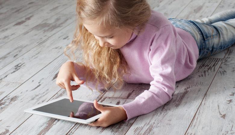 les dangers de l'internet pour l'enfant