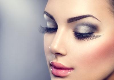 Choisir son maquillage pour un look fatale