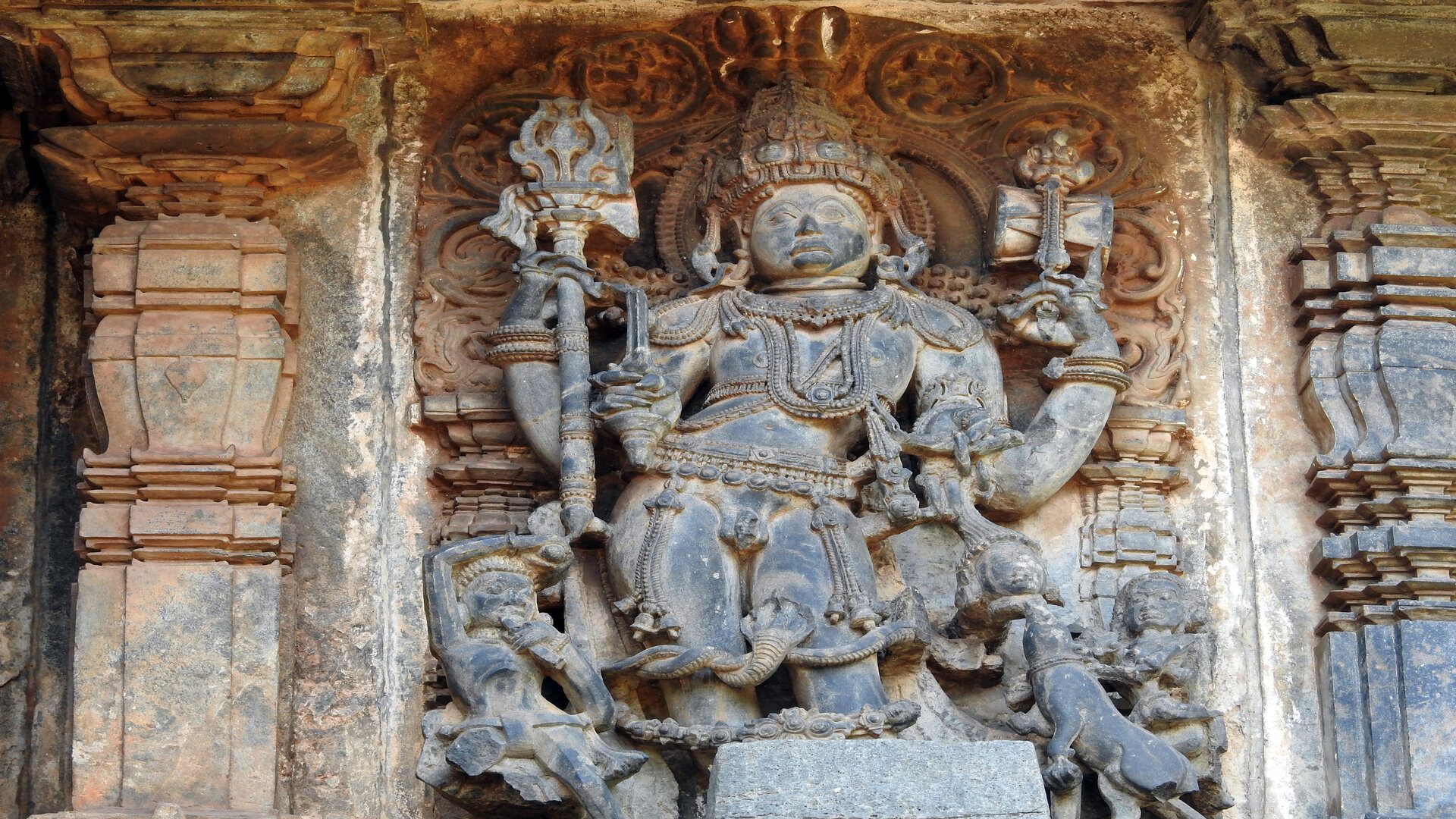 Les traditions tantriques et le Shaktisme