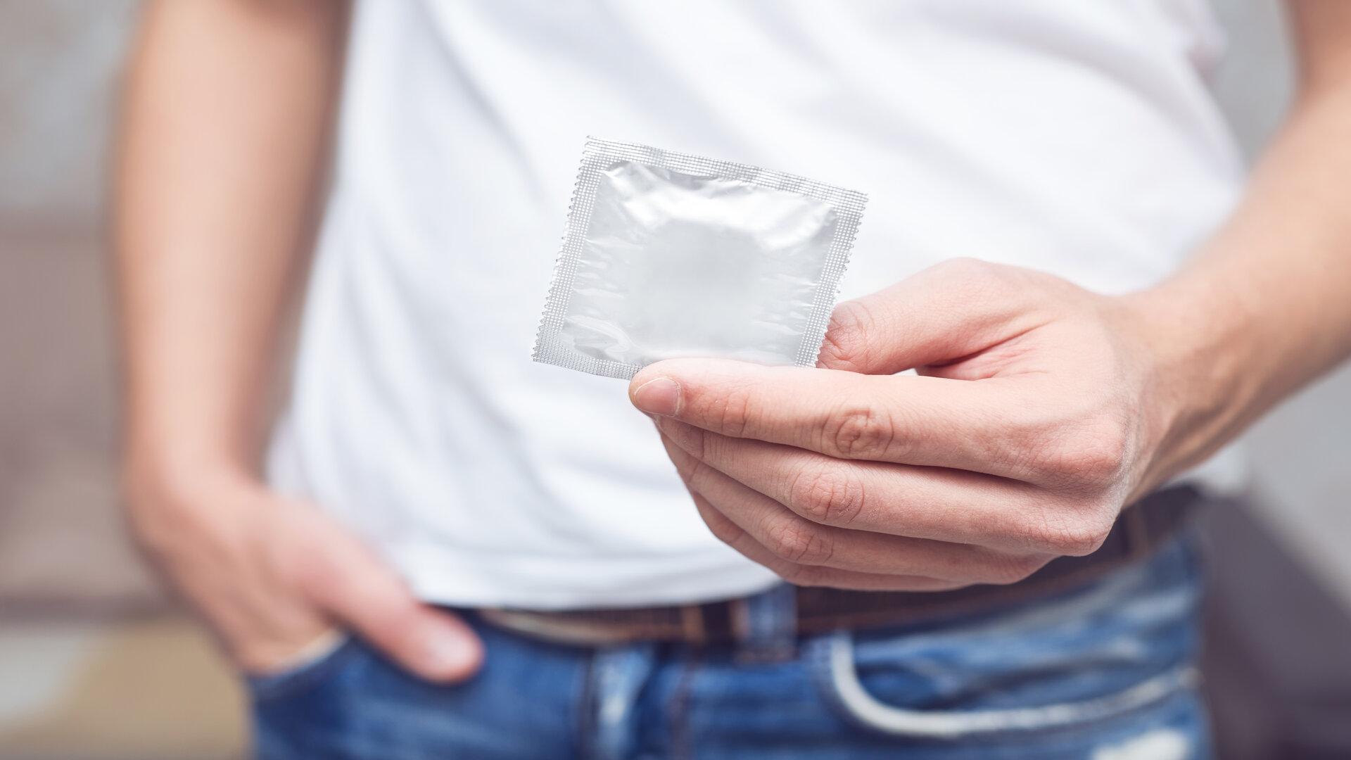 Anesthésiques topiques et préservatifs