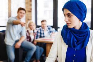 Que dois-je faire si je suis victime de discrimination ?