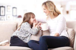 Voici quelques conseils si vous vous sentez exclue en tant que maman